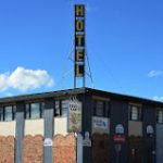 Bob's Cold Beer & Spirits @ The Olds Hotel